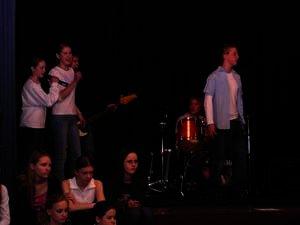 2003-03-24_musical_hvf_4.jpg