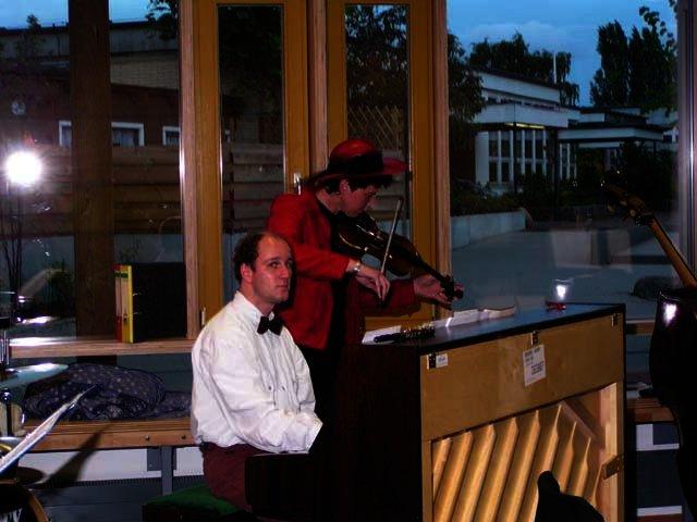 2003-05-14_benefiz_salonorchester_16_1.jpg
