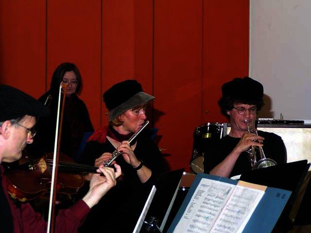 2003-05-14_benefiz_salonorchester_3.jpg