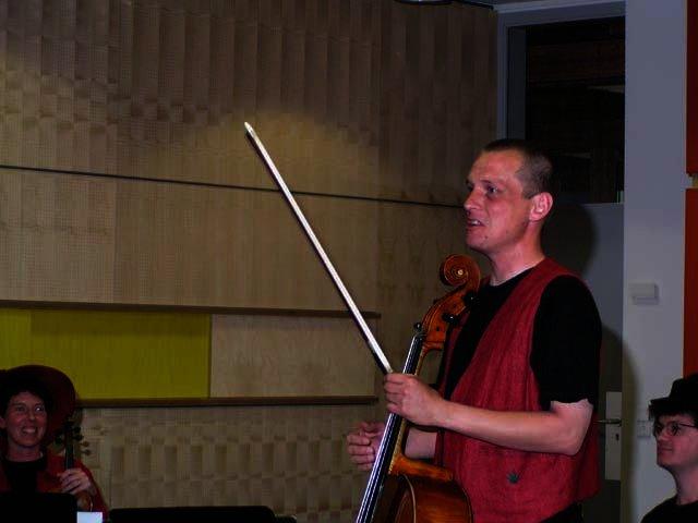 2003-05-14_benefiz_salonorchester_6_1.jpg