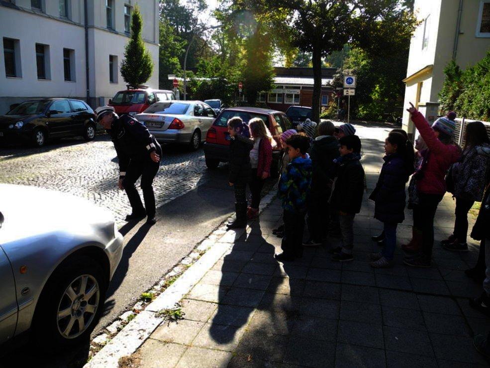 Die Koop-Klasse macht das Fußgängerdiplom